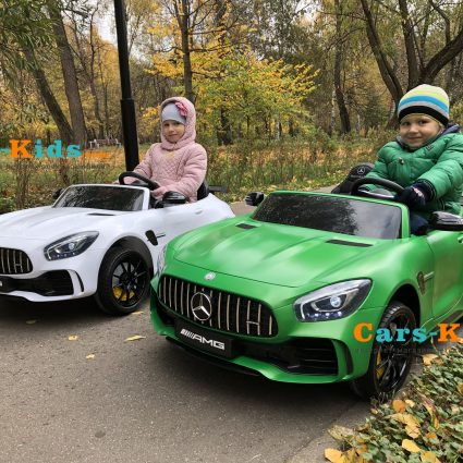 Электромобиль Mercedes-Benz GT R MP4 - HL289-4WD зеленый матовый (сенсорный дисплей MP4, 2х местный, колеса резина, кресло кожа, пульт, музыка, кондиционер)